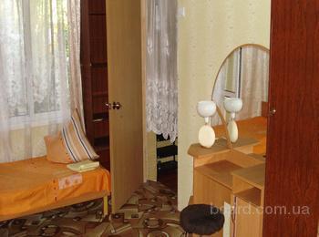"""Феодосия квартира в особняке у моря, свой двор, центр, и 2х-комнатная у моря, р-н """"Динамо"""""""