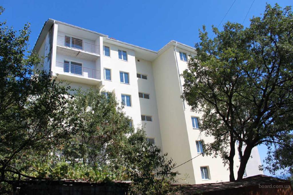 Объявление к этому фото.  Продаются квартиры эконом-класса в новом доме в Алупке.  Площади от 33 кв.м...
