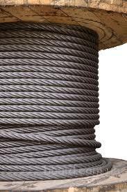 Монтаж ленты (укладку на конвейер, натягивание, соединение концов и регулировку хода) необходимо производить с особой...
