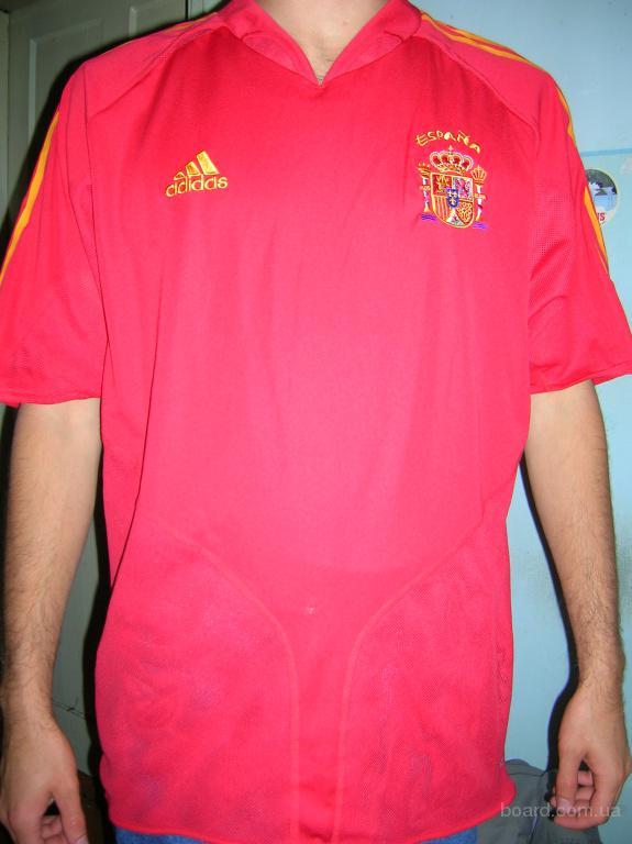 Постельное белье с символикой .  Официальная футболка сборной Испании...