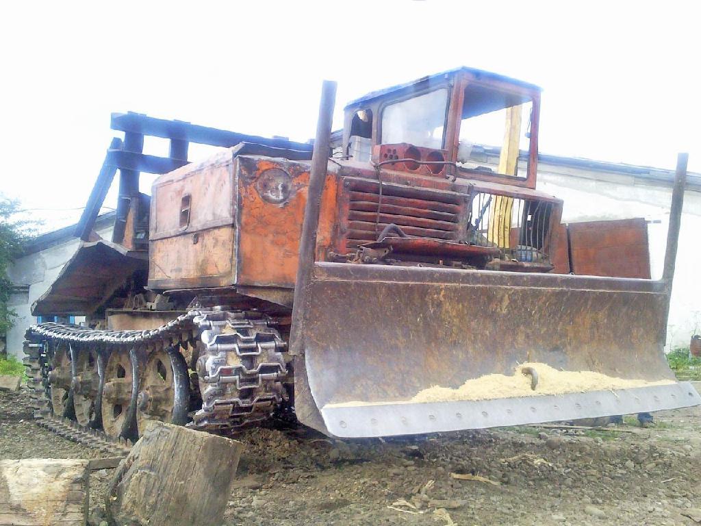 Купить шины для тракторных прицепов | С/х резина на прицеп