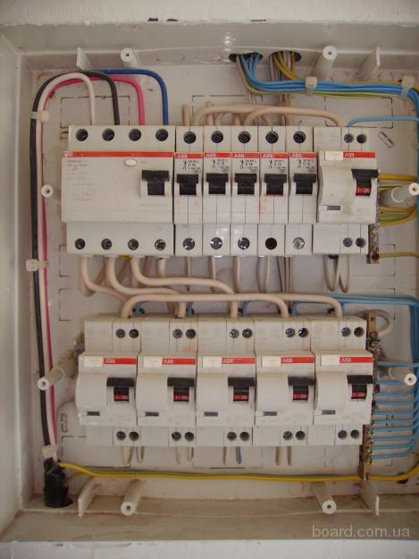 Мы выполняем установку, перенос, ремонт розеток и выключателей; монтаж розеток, выключателей, датчиков движения...