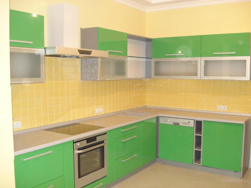 Шкафы купе и кухни на заказ продам
