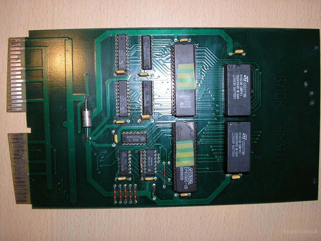 Блок памяти для систем ЧПУ моделей 2С42, 2Р22, 2У22