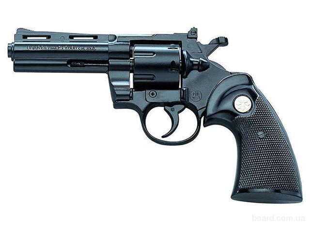 продам стартовый револьвер 9мм