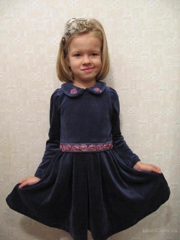 Красивые детские платья продам