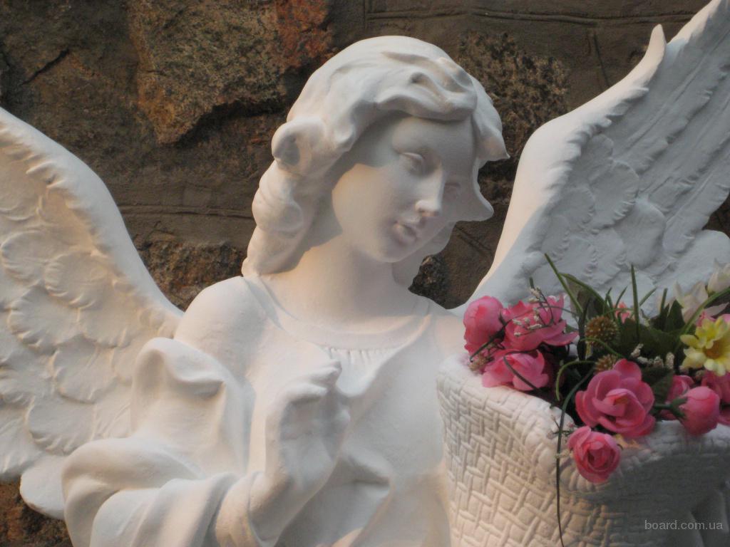 Скульптура ангела для памятника
