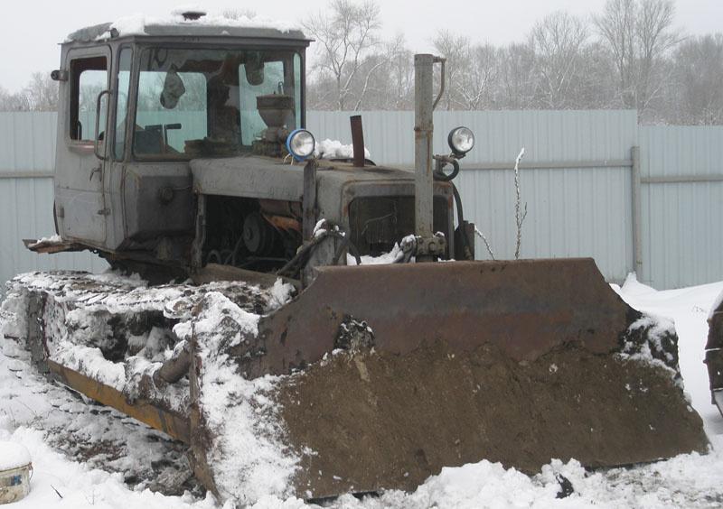 Продажа тракторов гусеничных б/у, купить трактор гусеничный