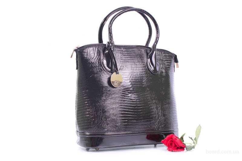 Купить модные женские сумки 2011 оптом.