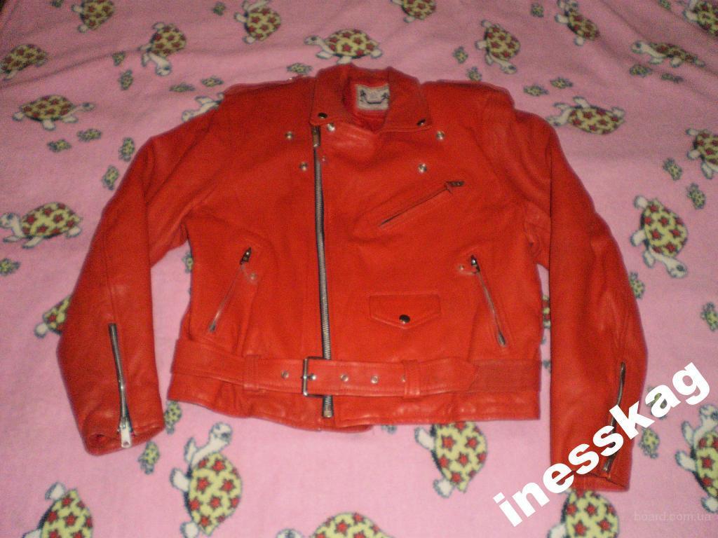 "Продам кожаную куртку  ""Real Leather "" XL.  Приятная на ощупь, мягкая.  Утеплённая, подходит для носки на холодную..."