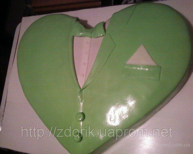 """Праздничный торт """" Сердце во фраке"""""""