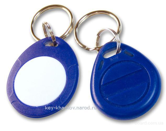 Универсальный ключ для домофона прокси радиометка брелок.  Смотреть на Мета Фото онлайн бесплатно.