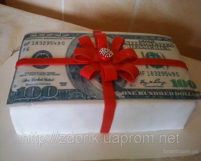 """Праздничный торт """"Пачка долларов с бантом"""""""