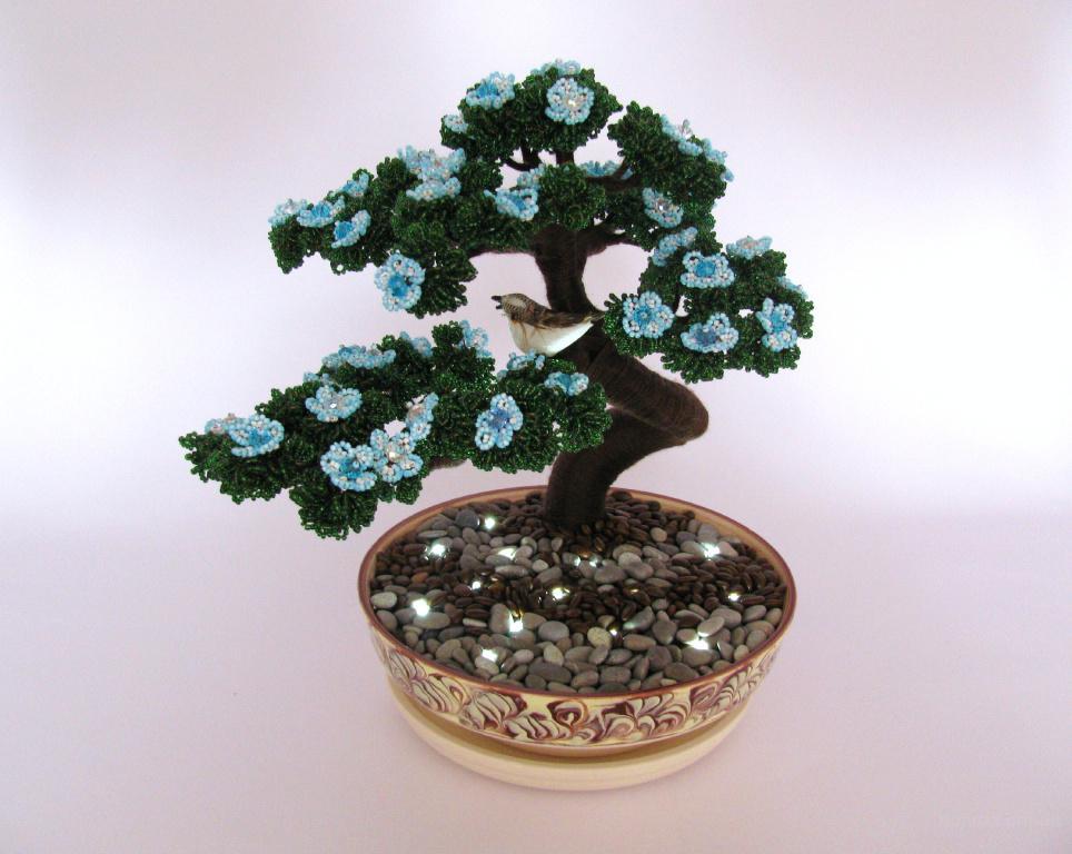 b Цветы и деревья из /b бисера - продам.