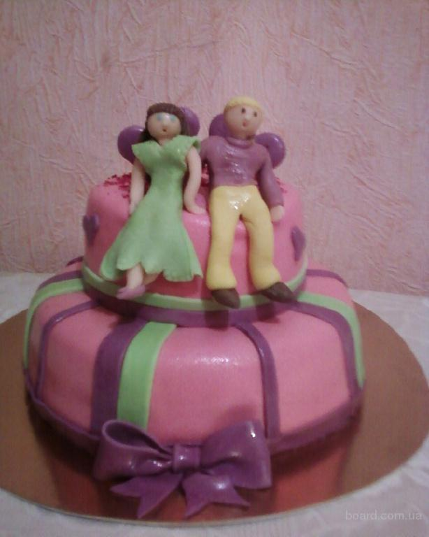 Торт 2-х ярусный на годовщину молодой семейной пары