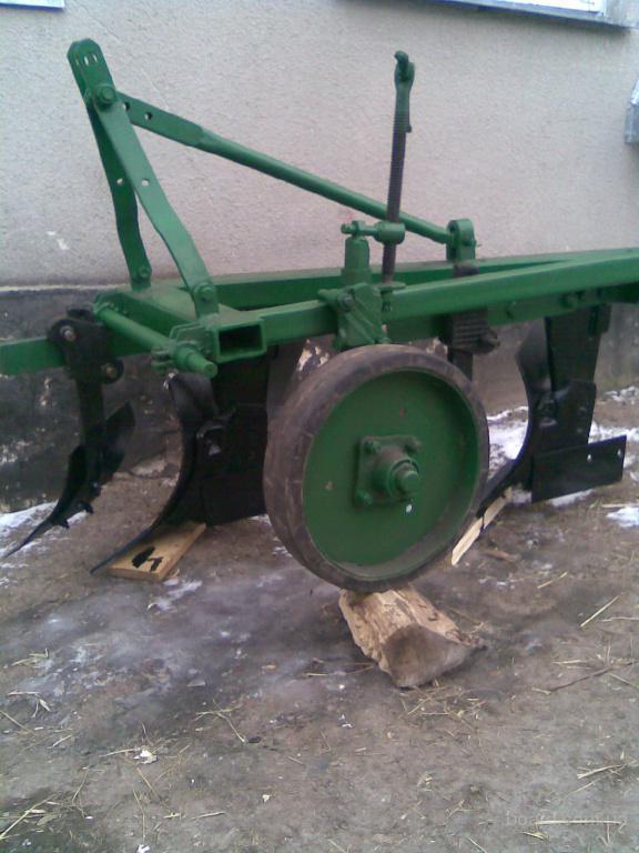Продам МТЗ 82 с погрузчиком 1994 г.в.   Трактора МТЗ 82 Б.