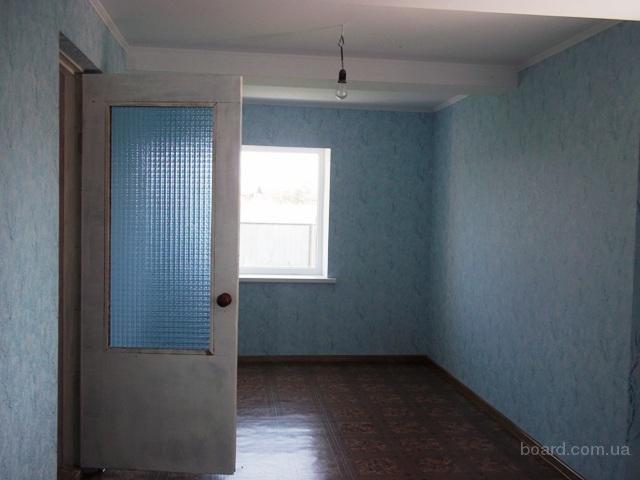 Продам кирпичный дом в киевской