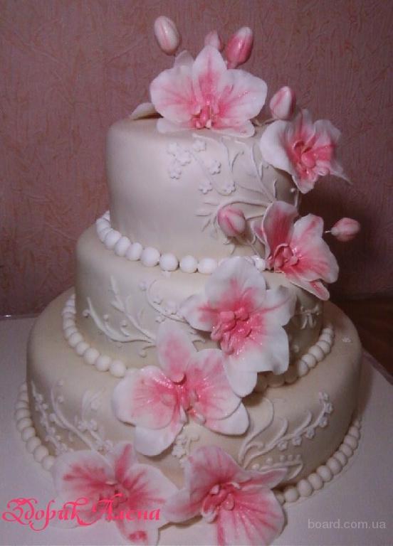 Свадебный 3-х ярусный торт с орхидеями