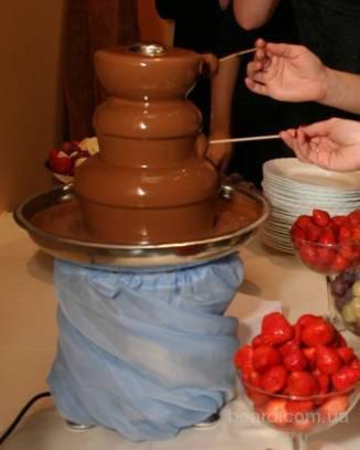 Шоколадные фонтаны - это всегда восхитительный аромат, к тому же данное лакомство станет прекрасной альтернативой...