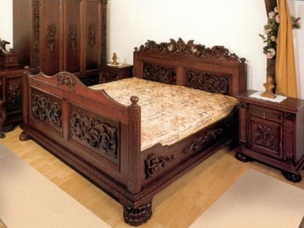Кровати двуспальные из массива ясеня