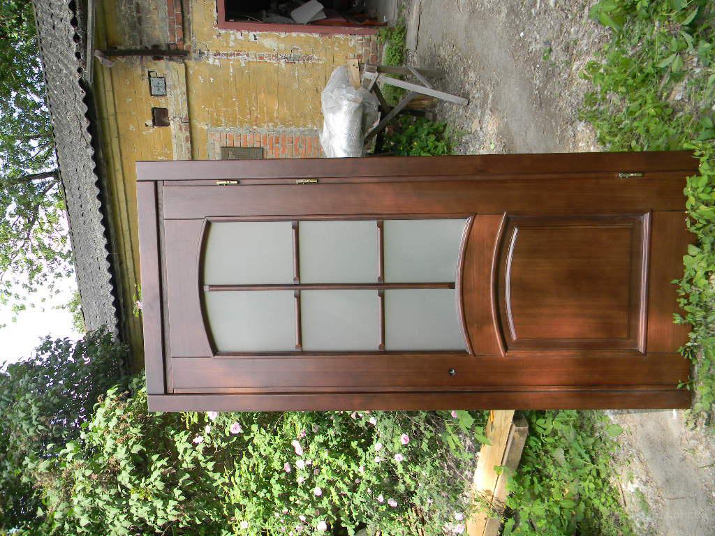 Деревянные двери в Киеве, цены от производителя Фабрика