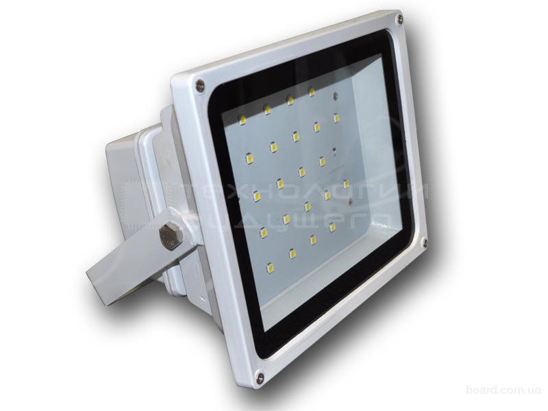 светодиодные прожектора уличного освещения с датчиком цена
