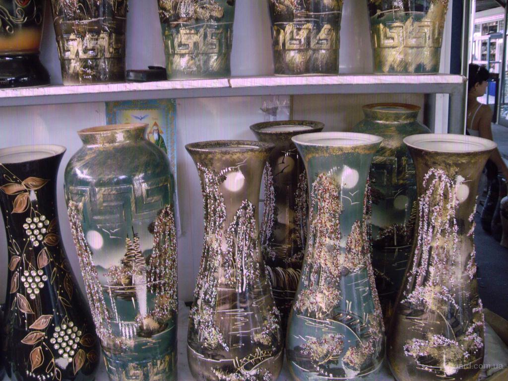 Керамические горшки и вазы для цветов