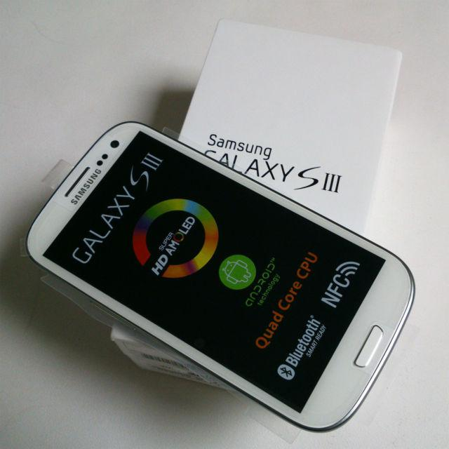 Продажа: Samsung Galaxy S3 III I9300,Apple iPhone 4S 64GB