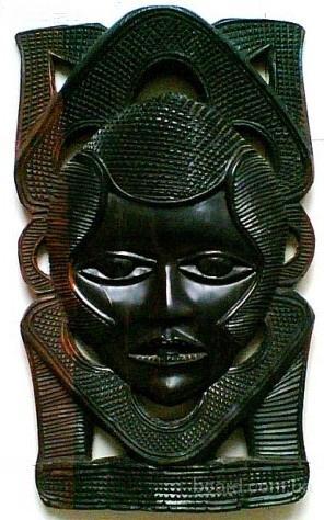 Интерьерная африканская маска из ценной породы дерева. Муж.