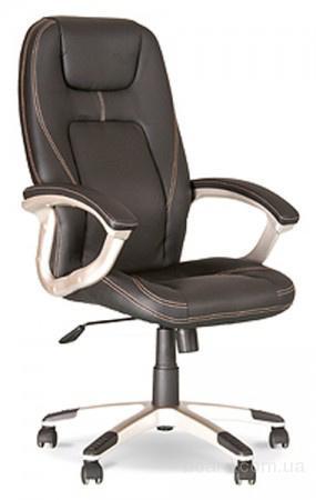 Комфортное офисное кресло Forsage