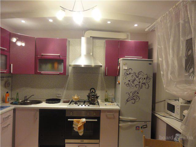 Установка кухонной вытяжки в Киеве.