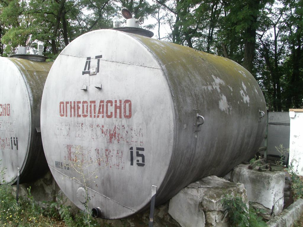 емкости резервуары 10 м.куб. , б/у.