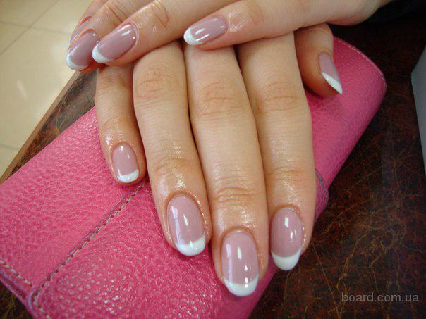 Покрытие френч на ногтях