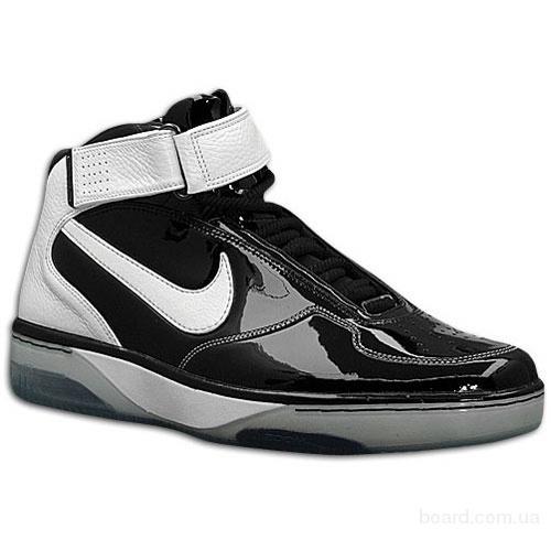Спортивная одежда и обувь купить