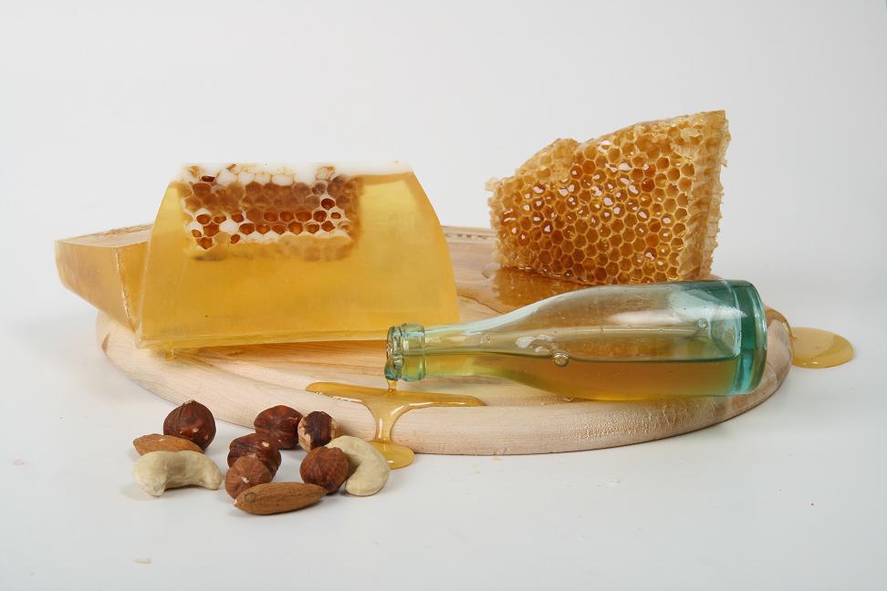 Натуральное мыло скраб для лица и
