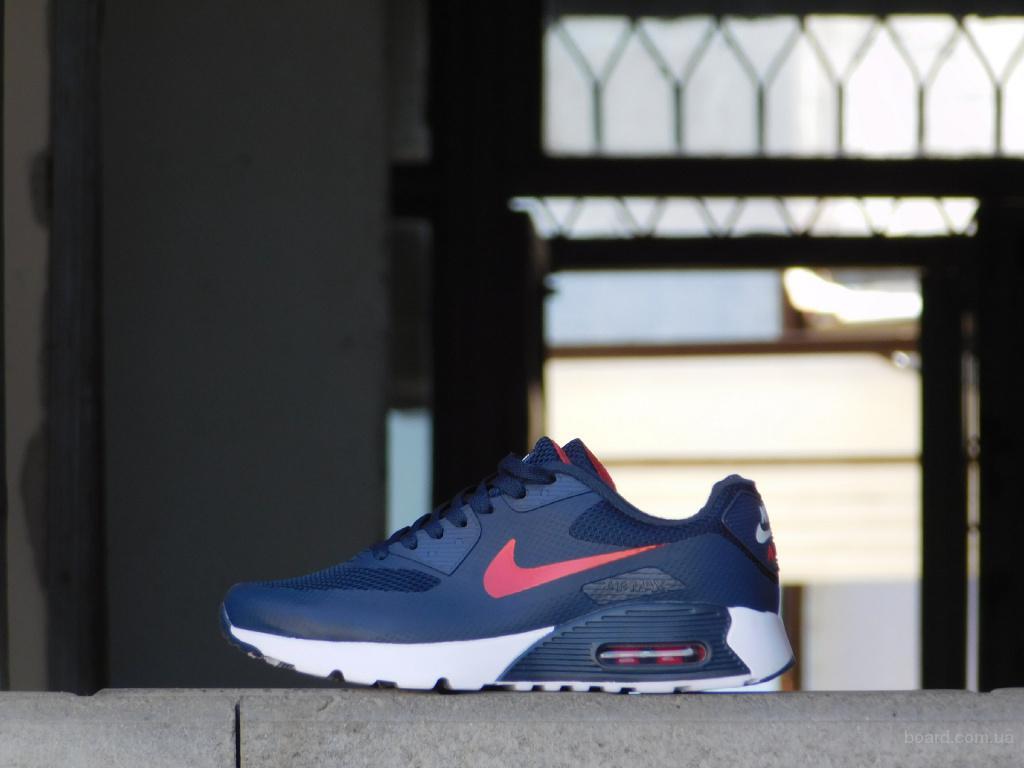 Выбираем мужские кроссовки - надо ли переплачивать за бренды?