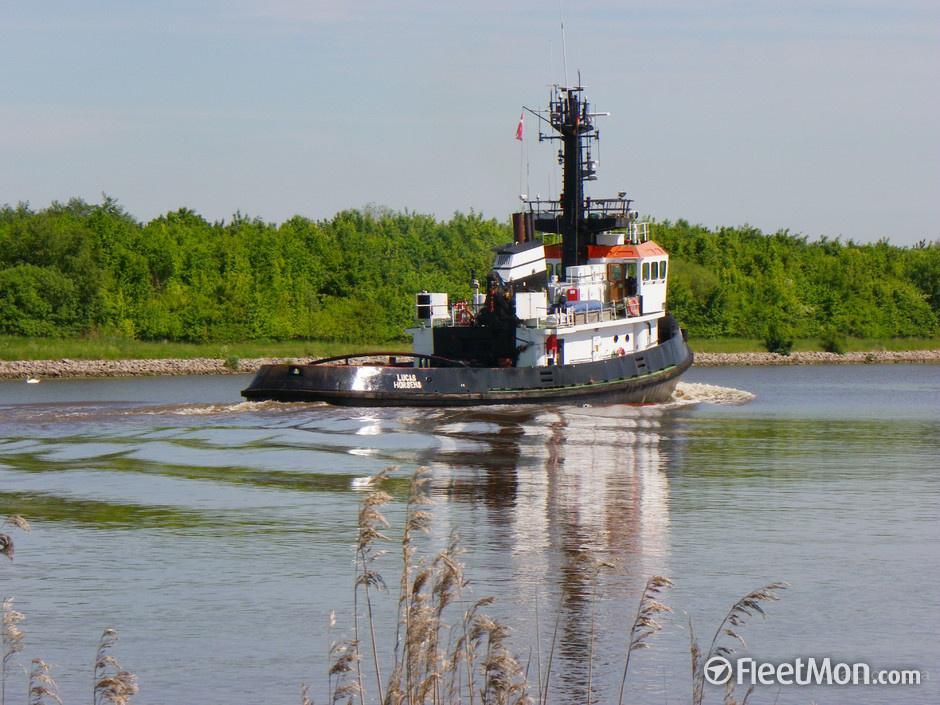 Буксир река море фото